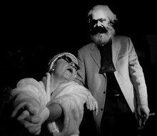 Frau Kapital und Herr Dr. Marx