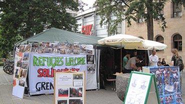 Kampierzelt der sstreikenden Flüchtlinge am Nürnberger Hallplatz