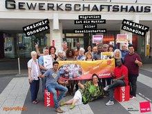 Gruppenbild der Seminarteilnehmer: Schwarze Menschen- Diskriminierung in Arbeitswelt und Gesellschaft