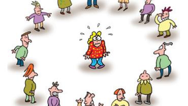 Eine Zeichnung zeigt eine einzelne, verängstigte Person in einem Kreis von Personen