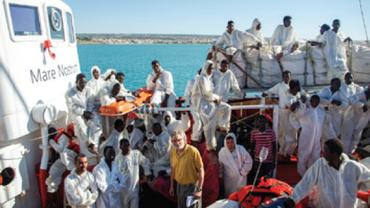 Ein Schiff für die Seenotrettung im Mittelmeer