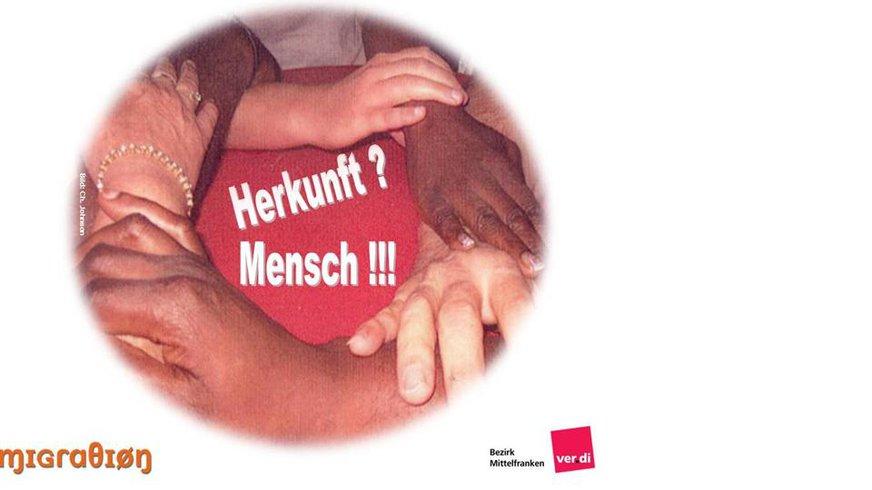 Händer der Kolleg*innen vom MigrA Mittelfranken aus 2012