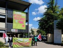 Unterschriftenaktion für die Bezahlung einer Corona-Prämie unter den Beschäftigten des Klinikum Fürth